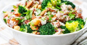 Salade au moringa vegan et brocoli