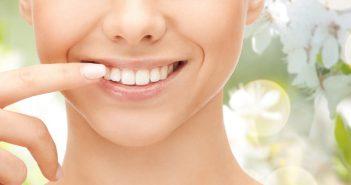 Astuces naturelles dents blanches