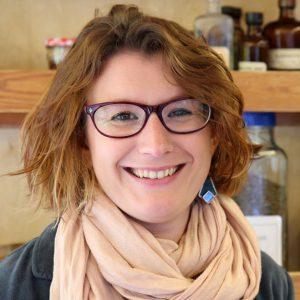 Katie Pande, Naturopathe experte