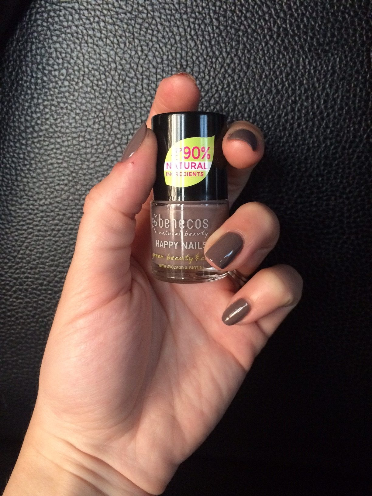 Test vernis Benecos gris galet (Rock it!)